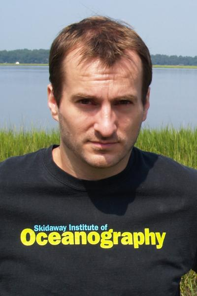 Photo of Aron Stubbins